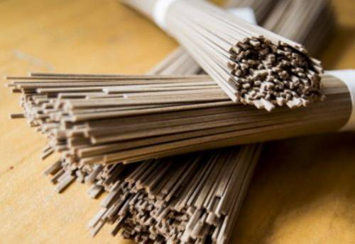 Buckwheat noodles for cooking